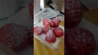 딸기 티라미슈