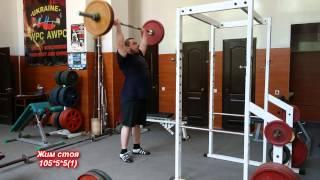 Жим стоя: силовая тренировка