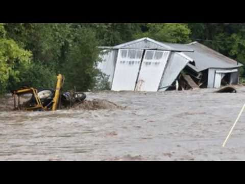 COLORADO Apocalyptic FLOODS 200 Mls of Destruction; 30 ft Water 8 Dead 1250 Missing 9.13.13