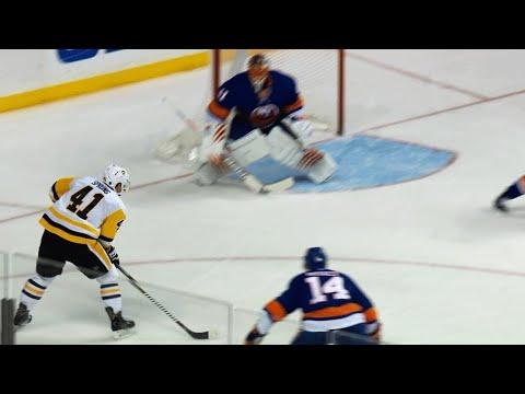 Daniel Sprong uses Sidney Crosby as decoy, roofs goal past Jaroslav Halak