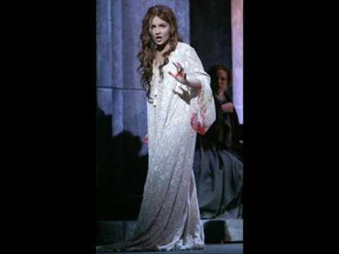 Anna Netrebko - Mad scene ( Lucia di Lammermoor - Gaetano Donizetti )