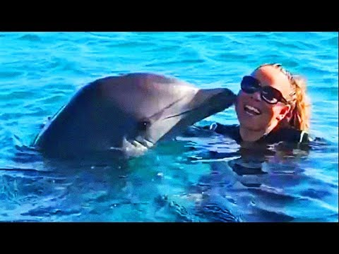 Mariah-Carey-Whistles-With-Dolphins-Hits-F7-G6-2019