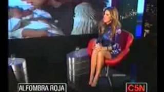 Flavia Palmiero en Alfombra Roja 20-06-2010 (primer Bloque)