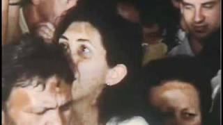 Filme Cronicamente Inviável - Cena Do ônibus Lotado
