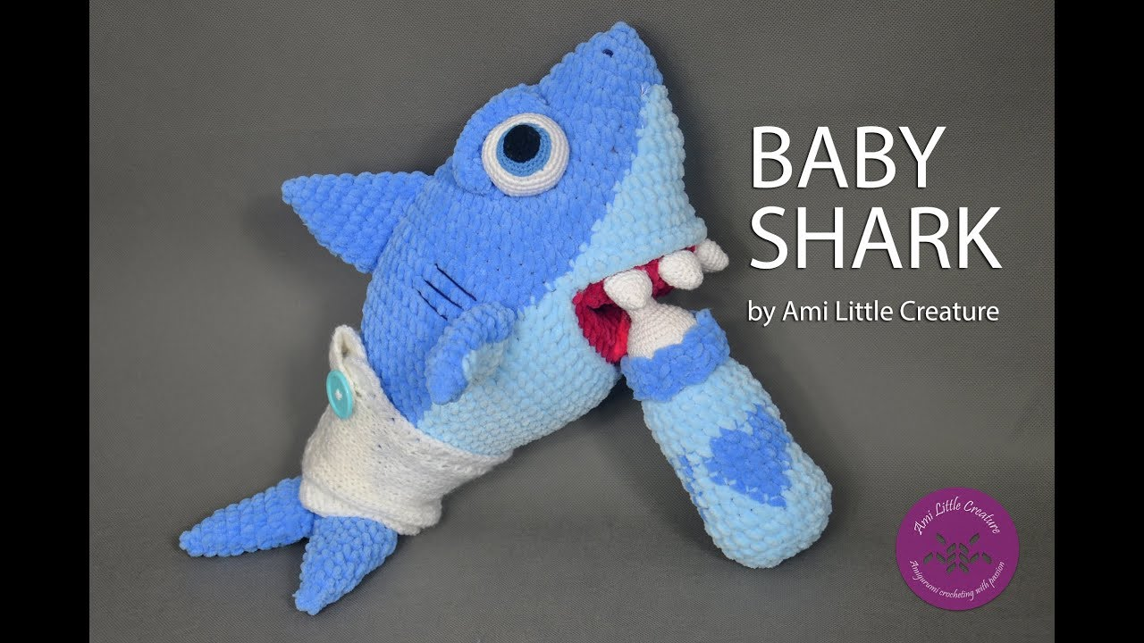 10 Shark Crochet Patterns (Free) + Nautical Design Ideas ... | 720x1280