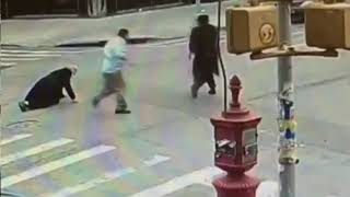 Orthodox Jewish men assaulted in NYC thumbnail