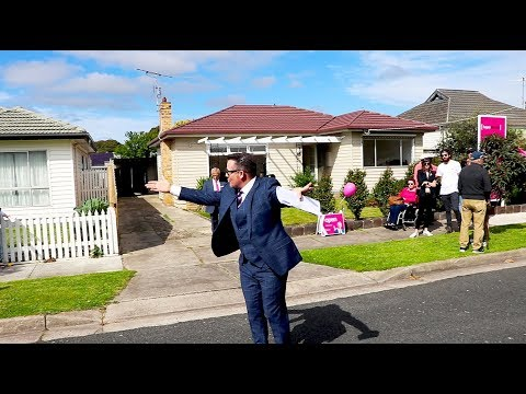 THAT REAL ESTATE AUCTIONEER