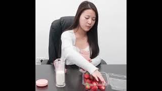 Trang chủ máy ép trái cây cầm tay máy ép trái cây máy ép trái cây có thể sạc lại sinh viên tự động t