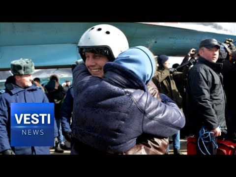 Sun Burned Pilots Bring Back Their Aircraft From Syria to Snowy Russia