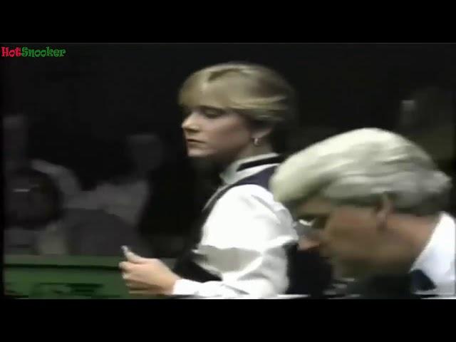 Women Can Play Snooker    HotSnooker Shots