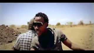 MOOPEEN, RONI J & AFRIKAN MELODY - Joana (Official Video)