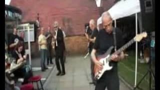"Road Runner Blues Band: ""Bony Moronie"""