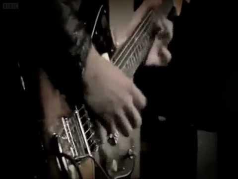 Arctic Monkeys - Katy On A Mission (LYRICS)