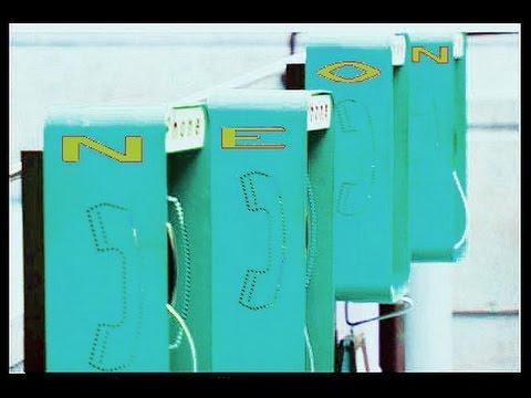 Neon's Lady Phoner