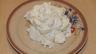 Рецепт- Белково   масляный крем от videokulinaria ru(Один из самых простых и легких рецептов приготовления крема для тортов и пирожных, является этот белково-ма..., 2014-05-22T22:04:32.000Z)
