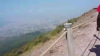 The biggest volcano in the world italy pompeii Vesuvius mountain