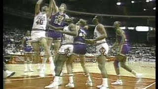 Mark Eaton (16pts/13rebs/10blks) vs. Bulls (1986)