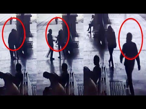 Mumbai : Man forcefully kiss woman on railway platform, incident caught on CCTV | Oneindia News