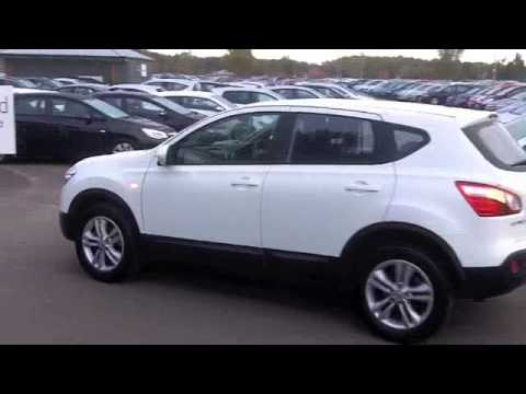 nissan qashqai hatchback 2012 1 6 117 acenta 5dr sa12cwk youtube. Black Bedroom Furniture Sets. Home Design Ideas
