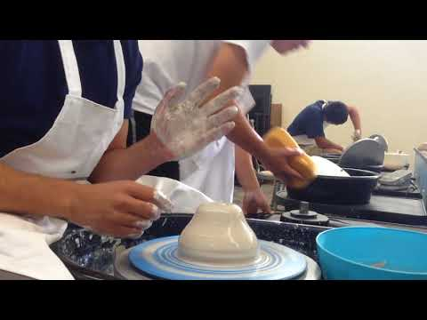 How to center clay when on the potters wheel