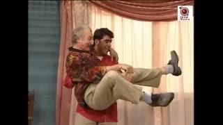 باسم ياخور حسام تحسين بيك مشهد مضحك من مسلسل عيلة 6 نجوم Youtube