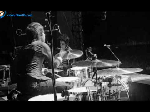 The Raconteurs - Consolers of the Lonely (Live Benicàssim 2008)
