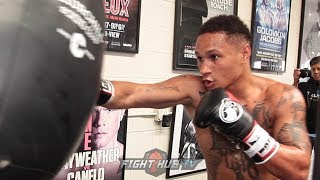 REGIS PROGRAIS SHOWS SPEED AND POWER ON THE HEAVY BAG