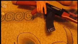 Автомат Калашникова - игрушка или оружие?