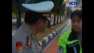 Gokil Polisi Gadungan Tilang Polisi Asli