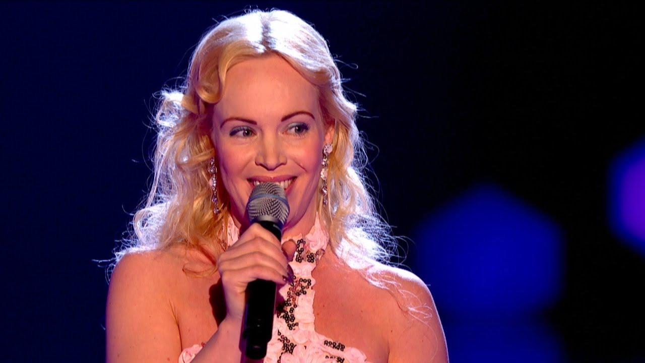 sarah dunn performs barbie girl the voice uk 2015