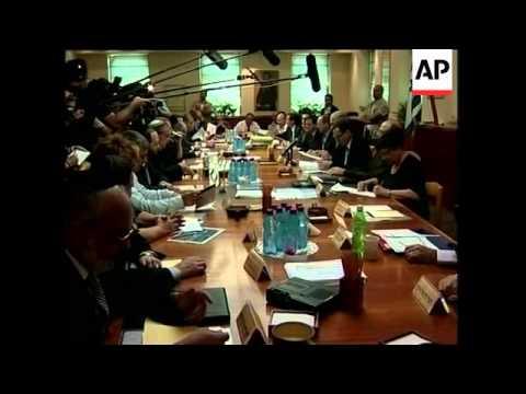Israeli ministers clash over new settlements; Hamas, Fatah reax