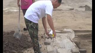 新華社》河北南和縣發現大型漢代墓群