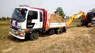 jo8cกับho7dbไครแรงกว่า-dump-truck-excavator