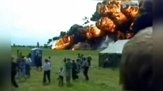 Video Kecelakaan Pesawat Mengerikan download MP3, 3GP, MP4, WEBM, AVI, FLV Agustus 2018