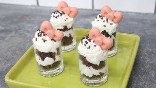 How To Make A Hello Kitty Brownie Parfait!