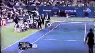 Serena Williams was  disqualified  for threatening linesman at U S  Open