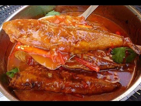 How To Make Fried Mackerel Tomato Sauce Lao Food ເຊື່ອມປາທູຊຸບແປ້ງທອດ