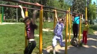 Окончание начальной школы. Урок физкультуры