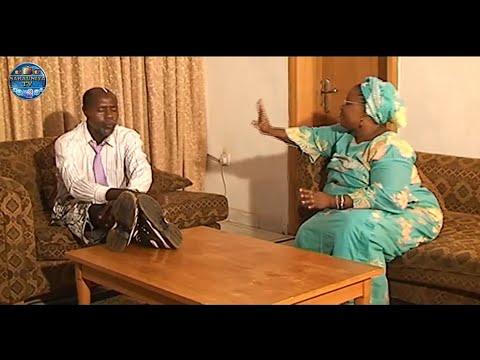 Kalli yadda Professor Yake Turanci (short hausa  drama )
