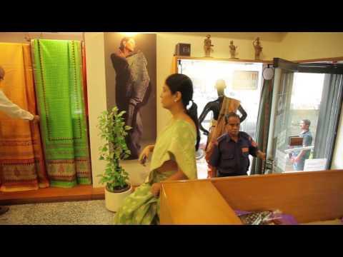 15169e9a6a2 Online Shopping: Shop Sarees, Kurtis, Salwar Kameez, Leggings in India -  Garden Vareli