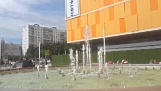 Светодиодный фонтан рядом с т/ц Колумбус у м.Пражская г.Москва(, 2015-07-08T23:34:29.000Z)