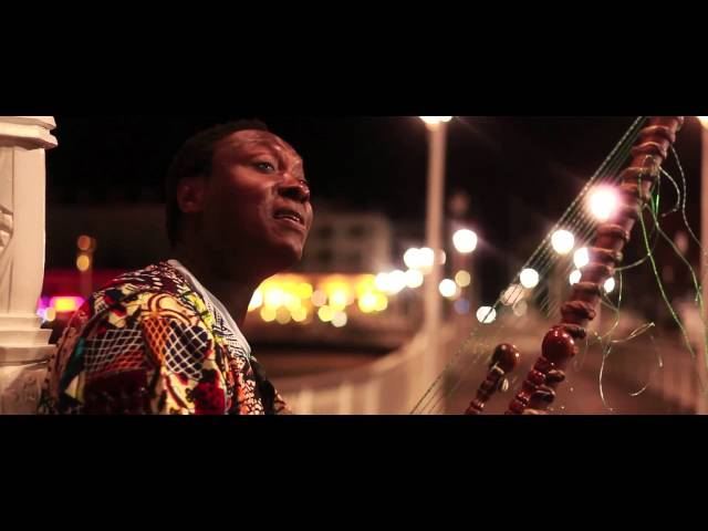 """Case di Mansa - extract from """"Mounia' album, filmed in France"""