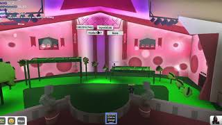 I STINK AT PARKOUR!   Apple bloom plays Roblox's got Talent W: MIKEY!!
