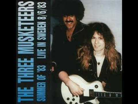 Phil Lynott and the Three Musketeers - Look In These Eyes