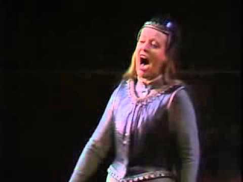 Ho jo to ho!  Dame Gwyneth Jones Die Walkure Richard Wagner