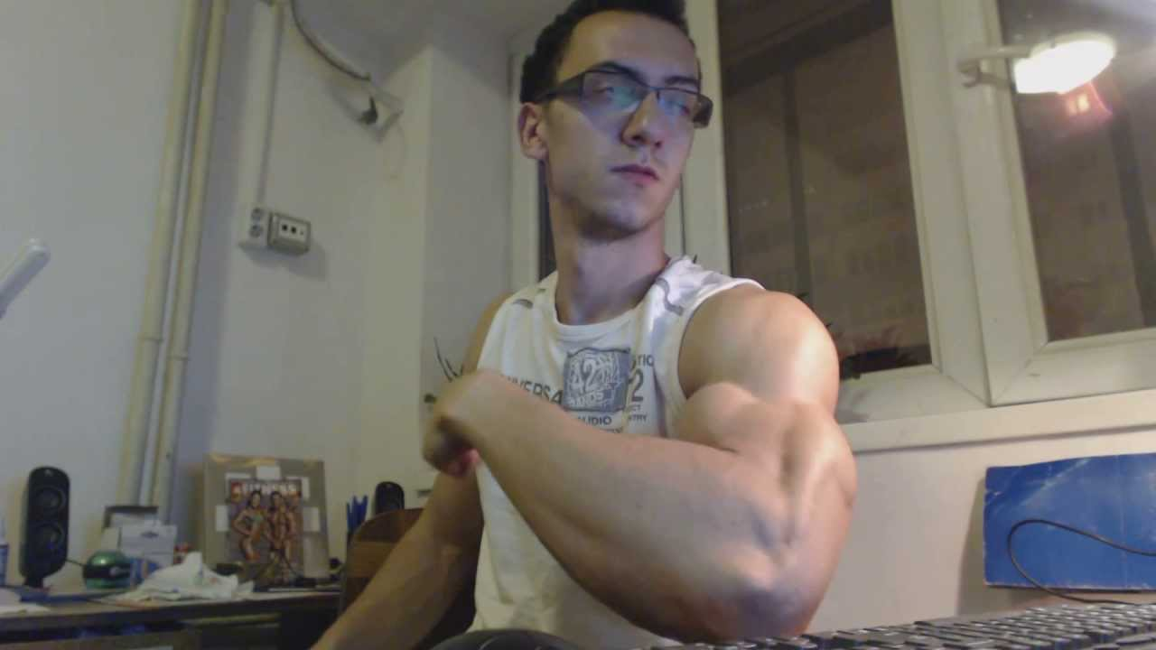 Insane Muscular Arms Youtube