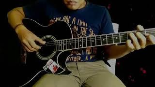 alunan petikan gitar yang sangat romantis kedengaran