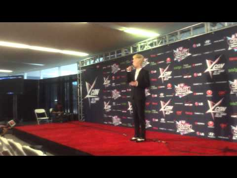 Kcon 2013 Press Conference Henry Chinese Canadian Singer