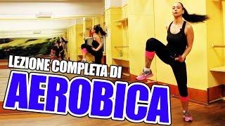 Aerobica per dimagrire a casa: lezione completa di allenamento in italiano facile