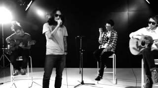 Lomosonic - ขอ (Warm Eyes) live acoustic
